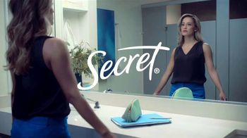 Secret Outlast TV Spot, 'Women's World: All Strength, No Sweat' - Thumbnail 1