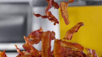 McDonald's Classics With Bacon TV Spot, 'Los clásicos con tocino: Big Mac Bacon' [Spanish] - Thumbnail 1