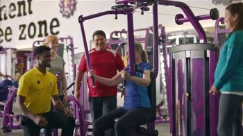 Planet Fitness TV Spot, 'Mirror Guy: $10' - Thumbnail 6