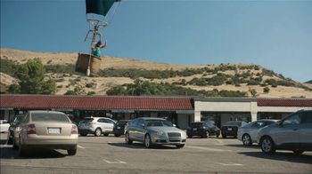 Farmers Insurance TV Spot, 'Fly-By Ballooning: Quiet' - Thumbnail 3