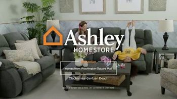 Ashley HomeStore Super After Hours Event TV Spot, 'Sunday Only' - Thumbnail 10