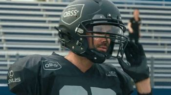 Lexus UX TV Spot, 'Quarterback Safety System+' Featuring Matt Leinart [T1] - Thumbnail 8