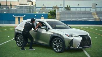 Lexus UX TV Spot, 'Quarterback Safety System+' Featuring Matt Leinart [T1] - Thumbnail 9