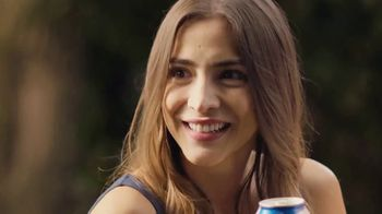 Tecate Light TV Spot, 'Six Pack' Song by A Band of Bitches - Thumbnail 7