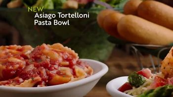 Olive Garden Lunch Duos TV Spot, 'Get In: Pasta Bowls' - Thumbnail 6