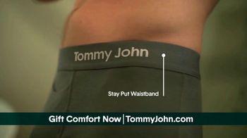 Tommy John TV Spot, 'Valentine's Day: Awkward Moments' - Thumbnail 6