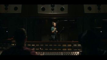JBL Wireless Headphones TV Spot, 'Booth' Song by Shakira