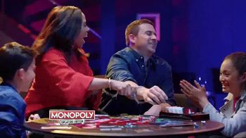 Monopoly TV Spot, 'Cheaters and Cash Grab Editions' - Thumbnail 6