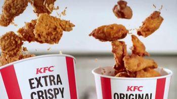 KFC $20 Fill Ups TV Spot, 'It's a Trip' - Thumbnail 7