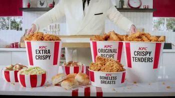 KFC $20 Fill Ups TV Spot, 'It's a Trip' - Thumbnail 8
