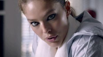 Maybelline New York Tattoo Studio Gel Pencil TV Spot, 'NYC-Proof'