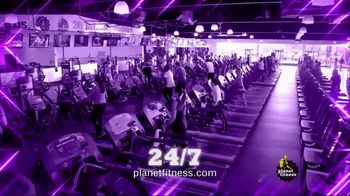 Planet Fitness TV Spot, 'It's Back: $1 Down' - Thumbnail 6