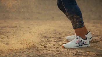 SKECHERS GO GOLF TV Spot, 'Comfort' Featuring Brooke Henderson - Thumbnail 6