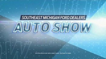 Ford TV Spot, 'Auto Show Special Offer: Explorer' [T2] - Thumbnail 2