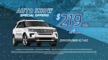Ford TV Spot, 'Auto Show Special Offer: Explorer' [T2] - Thumbnail 4