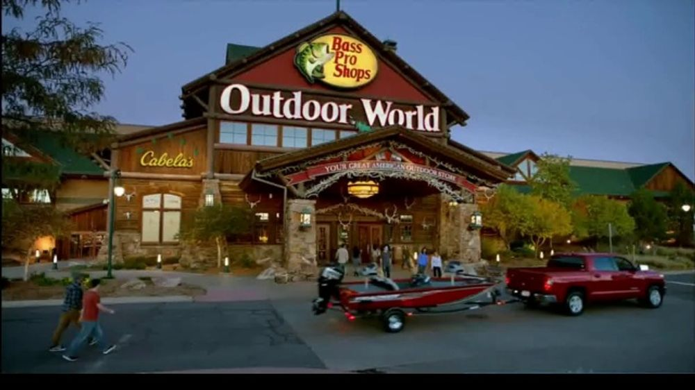 Bass Pro Shops Spring Fever Sale TV Commercial, 'Multi-Tools & Fish Fryers'  - Video