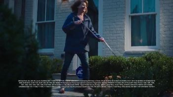 ADT Smart Security TV Spot, 'Stuck at Work: Dog Walking Service' - Thumbnail 9