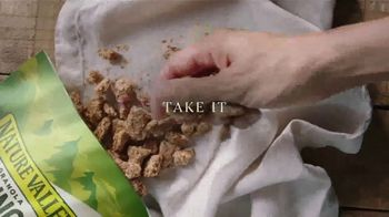 Nature Valley Granola TV Spot, 'Perfect With Milk, Yogurt or on the Go' - Thumbnail 7