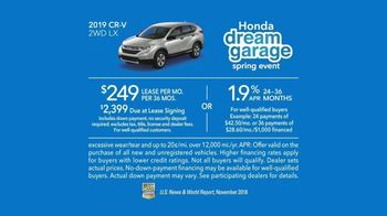 Honda Dream Garage Spring Event TV Spot, 'CR-V and HR-V' Featuring James Hinchcliffe [T2] - Thumbnail 8