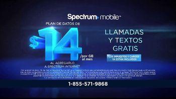 Spectrum Mobile By the Gig TV Spot, 'Llama a todo el país' con Gaby Espino [Spanish] - Thumbnail 3