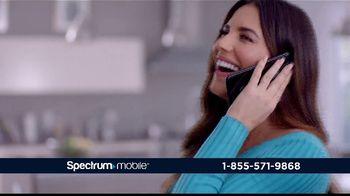 Spectrum Mobile By the Gig TV Spot, 'Llama a todo el país' con Gaby Espino [Spanish] - Thumbnail 7