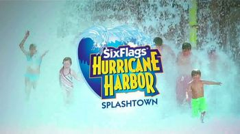 Six Flags Park Opening Season Pass Sale TV Spot, 'Hurricane Harbor Splashtown' - Thumbnail 3