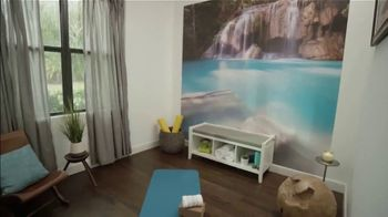 Liberty Mutual TV Spot, 'Ion Television: Yoga Studio' - Thumbnail 3