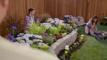 Lowe's TV Spot, 'Doing Summer Right: Vegetables and Herbs' - Thumbnail 6