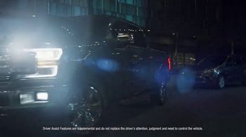 2019 Ford F-150 TV Spot, 'Night on the Town' [T2] - Thumbnail 6