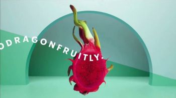 Starbucks Mango Dragonfruit Refreshers TV Spot, 'What's Absodragonfruitly Ahhhmazing?' Song by Young Franco - Thumbnail 4