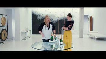The Hustle - Alternate Trailer 27