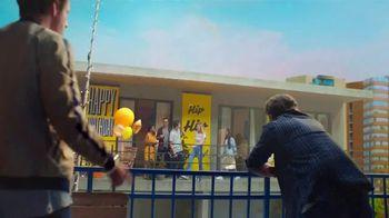 Mike's Hard Lemonade TV Spot, 'Birthday' Song by New Julius - Thumbnail 4