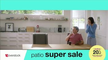 Overstock.com Patio Super Sale TV Spot, 'Table Runner' - Thumbnail 3