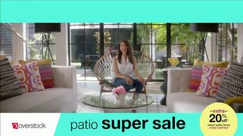 Overstock.com Patio Super Sale TV Spot, 'Table Runner' - Thumbnail 6
