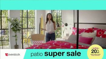 Overstock.com Patio Super Sale TV Spot, 'Table Runner' - Thumbnail 7