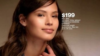 Macy's Jewelry Sale TV Spot, 'Wonder of Love: Earrings and Chains' - Thumbnail 6