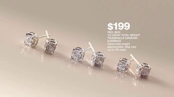 Macy's Jewelry Sale TV Spot, 'Wonder of Love: Earrings and Chains' - Thumbnail 7