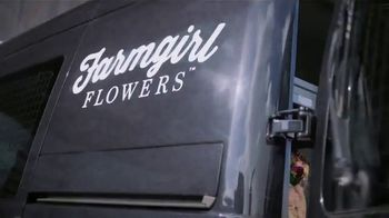 Capital One Spark Cash Card TV Spot, 'Farmgirl Flowers' - Thumbnail 2