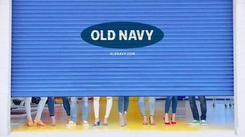 Old Navy High-Rise Rockstar TV Spot, 'Tune Up Your Denim: 50% Off' Song by Kaskade - Thumbnail 9