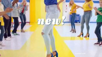 Old Navy High-Rise Rockstar TV Spot, 'Tune Up Your Denim: 50% Off' Song by Kaskade - Thumbnail 3