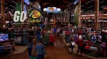 Bass Pro Shops Go Outdoors Event and Sale TV Spot, 'Camp Chair and Grill' - Thumbnail 5
