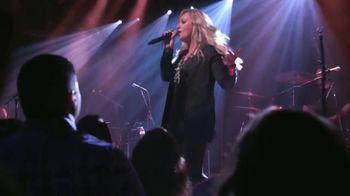 2019 CMT Next Women of Country TV Spot, 'Overseas Dates' Featuring Cassadee Pope - Thumbnail 4
