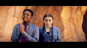 Disneyland TV Spot, 'Disney Channel: Star Wars: Galaxy's Edge' Featuring Issac Ryan Brown, Sky Katz - Thumbnail 2