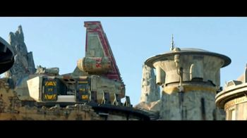 Disneyland TV Spot, 'Disney Channel: Star Wars: Galaxy's Edge' Featuring Issac Ryan Brown, Sky Katz - Thumbnail 4