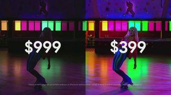 Google Pixel 3a TV Spot, 'Pista de patinaje' canción de Donna Summer [Spanish] - Thumbnail 6