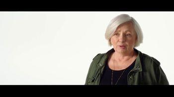 Verizon TV Spot, 'Why Elaine Chose Verizon: Military Offer' - Thumbnail 6