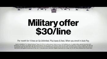 Verizon TV Spot, 'Why Elaine Chose Verizon: Military Offer' - Thumbnail 8