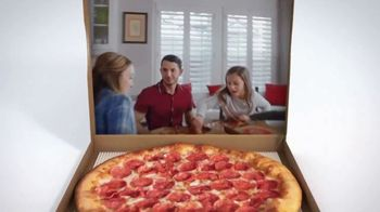 Pizza Hut $5 Lineup TV Spot, 'Ahora con el P'Zone' [Spanish] - Thumbnail 2