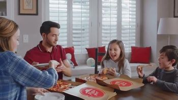 Pizza Hut $5 Lineup TV Spot, 'Ahora con el P'Zone' [Spanish] - Thumbnail 3