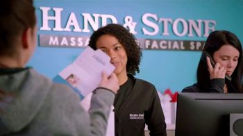 Hand and Stone TV Spot, '2018 Holiday Gifts' Featuring Carli Lloyd - Thumbnail 4